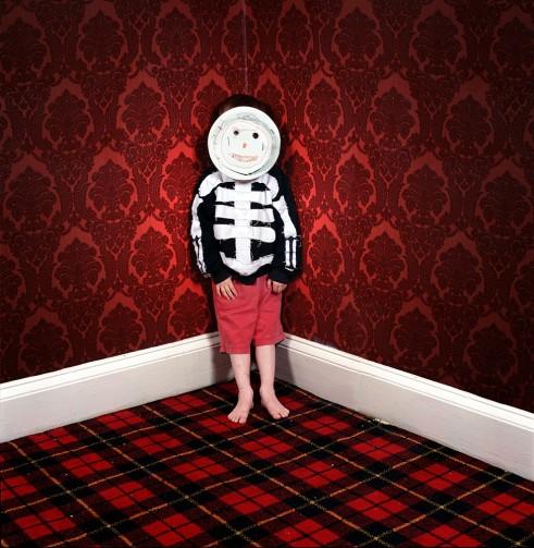 1d.-new-web-Ben-with-Mask-Summerfield-House-1997-Wendy-McMurdo-975x1000.jpg
