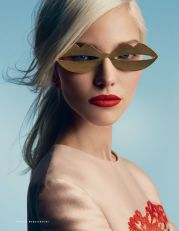 sasha-luss-by-patrick-demarchelier-for-vogue-russia-january-2014-4